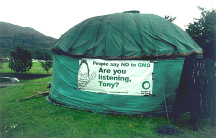 The Yurt in Ullapool for the debate, midsummer 2003